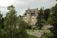 Château - Français:   Château de Fournels