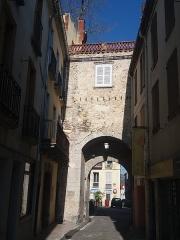 Ancien portal de France - Català: Interior de la Porta de França de Ceret