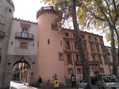 Ancien portal de France - Català: Porta de França (Ceret) i Casa Companyo, a Ceret