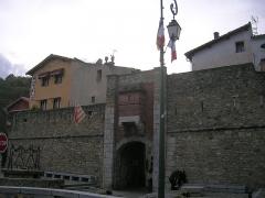 Remparts - English: Prats de Molló, North Catalonia, France