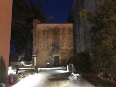 Eglise Saint-André de Sorède - Français:   coté de l\'église de nuit