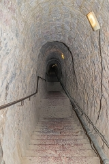 Fort Libéria (également sur commune de Fuilla) - English: Underground staircase with 734 steps from the Fort Libéria to Villefranche-de-Conflent, Pyrénées-Orientales department, France