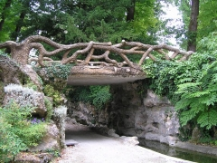 Musée -  jardin public:grotte