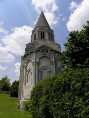 Eglise Saint-Cybard - Église Saint-Cybard de Plassac, commune de Plassac-Rouffiac (16). Chevet.