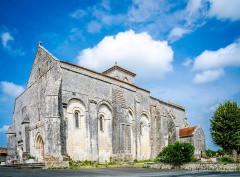 Eglise Sainte-Lheurine - Français:   très jolie architecture