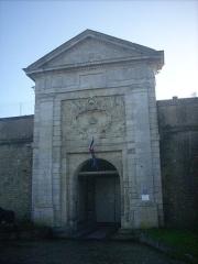 Citadelle et fortifications - English: citadel gate in Saint-Martin, Ile de Ré, Charente-Maritime, France