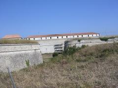 Citadelle et fortifications -  Citadelle Vauban à Saint-Martin-de-Ré transformée en prison
