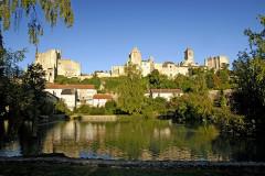 Château baronial ou des Evêques de Poitiers -  Chauvigny, Gesamtansicht der Burgen