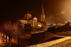 Ancienne église abbatiale - English:   église abbatiale de Saint-Savin-sur-Gartempe