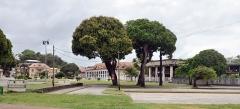 Couvent des Jésuites , ou ancienne Préfecture, ou Hôtel des Palmistes - English: Square Léopold Héder in Cayenne, French Guiana.