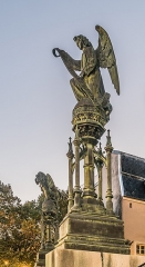Basilique Saint-Epvre - English: Statue in front of the Saint Aprus basilica in Nancy, Meurthe-et-Moselle, France