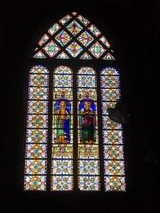Ancienne abbaye - Église abbatiale Saint-Michel de Saint-Mihiel (Meuse, France). Vitrail: Sainte Clotilde et Sainte Marthe