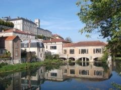 Pont-écluse Saint-Amand -  Vue prise depuis le Pont-écluse Saint-Amand, Verdun