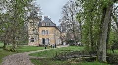 Domaine de Preisch - English: Preisch Castle in the commune of Basse-Rentgen in the Moselle department in northeastern France.