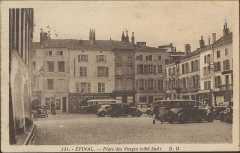 Maison - Français:   carte postale / photo vers 1900  Épinal, Place des Vosges (côté Sud)