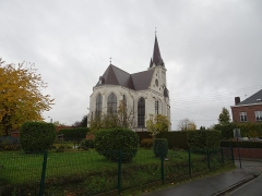 Eglise Saint-Pierre - English: Outside St.Peter's church, in Bouvines, Nord, France.