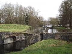 Ancienne enceinte espagnole - Nederlands:   Fortificatiegracht rond Condé-sur-l\'Escaut