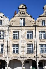 Immeuble - English: Arras, immeuble, 34 Grand-Place.