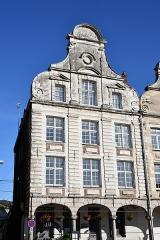 Immeuble - English: Arras, immeuble, 36 Grand-Place.