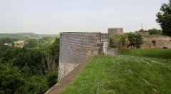 Ruines des remparts - English: 1. Montreuil fortified town wall walk