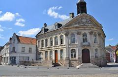 Hôtel de ville - Français:   Hotel-de-Ville