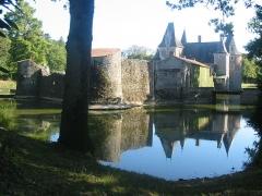 Château du Coudray-Montbault - Français:   Château du Coudray-Montbault à Vihiers (Maine-et-Loire, France).