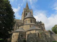 Eglise Notre-Dame d'Avesnière - This image was uploaded as part of Wiki Loves Monuments 2012.