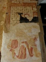 Eglise paroissiale Notre-Dame - Français:   Fresques ornant le mur ouest de la chapelle Sainte-Anne de l\'église Notre-Dame de Cossé-en-Champagne (53).