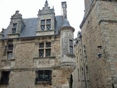 Maison Renaissance - Français:   Place de la vieille ville