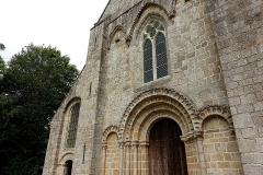Abbaye de la Lucerne - Français:   Abbaye de la Lucerne. Façade ouest de l\'église abbatiale.