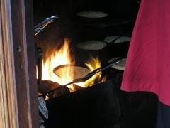 Hôtel Poulard et terrain (annexe) -  La cuisson d'omelettes chez la mère Poulard
