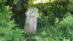 Croix de pierre - Français:   La Carneille (Normandie, France). La croix carrée.