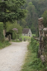 Chapelle de Saint-Céneri - Deutsch: Kapelle Saint-Céneri in Saint-Céneri-le-Gérei im Département Orne (Region Normandie/Frankreich)