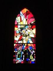 Basilique - Basilique Notre-Dame de la Délivrande, vitraux 4