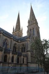 Eglise - Les deux clochers.
