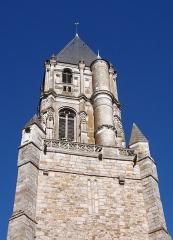 Eglise Notre-Dame - Français:   Orbec (Normandie, France). Le clocher de l\'église Notre-Dame.