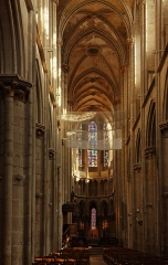 Eglise (collégiale) Notre-Dame -  SNave, choir, apse of the Collegiate Church of Notre Dame