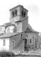 Eglise à l'exception du beffroi et de la nef -