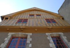 Maison en pans de bois du 16e siècle dépendant de l'Hôtel-Dieu, dite maison du coche d'eau - English: Auxerre,  Burgundy, FRANCE