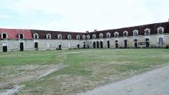 Domaine de Tanlay - Français:   Ecuries du Château de Tanlay