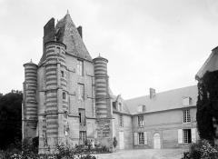 Château d'Alincourt - Français:   Château d\' Alincourt par Félix Martin-Sabon
