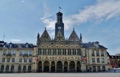 Hôtel de ville - Deutsch: Rathaus, Saint-Quentin, Département Aisne, Region Oberfrankreich (ehemals Picardie), Frankreich