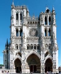 Cathédrale Notre-Dame - Les Calthédrale Notre-Dame d'Amiens  commune d' Amiens.-  Somme (département), France