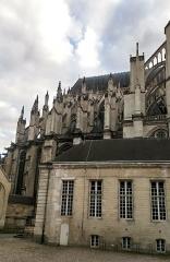 Ancien évéché - Français:   Palais de l\'évêché d\'Amiens 18
