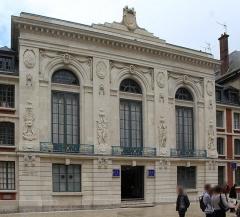 Théâtre - English:   Amiens, the Théâtre d\'Amiens