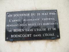 Eglise - Français:   Plaque sur l\'église. (guerre 1939-1945)