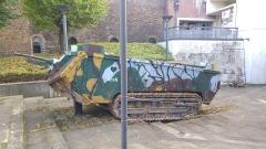 Château - Deutsch: Französischer Panzer