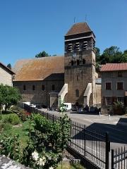 Eglise Saint-Theudère - Français:   Depuis la place des Anciens Combattants et du 19 Mars 1962.