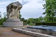 Parc de la Tête-d'Or - Lyon - Cénotaphe et Jean et Auguste Larrivé