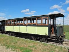 Ligne à voie ferrée métrique le Blanc-Argent (ou B.A.) sur le tronçon Luçay-le-Malé-Argy - Français:   La voiture Sarthe n° B 39 du Train du Bas-Berry le 23 août 2015.